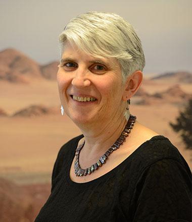 الدكتورة سارة برنشطايْن